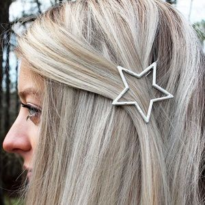 🆕 Hammered Silvertone Star Snap Hair Clip